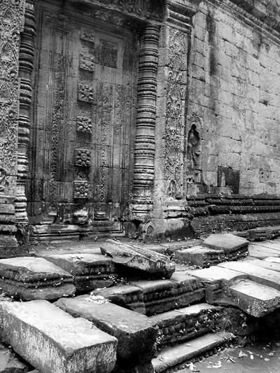 templenb.jpg