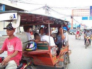Tous les chauffeurs de tuktuk etaient ravis aussi de cette promenade !