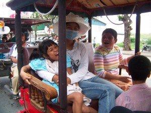 Ma petite Bopha a abandone son fauteuil roulant a l'orphelinat !