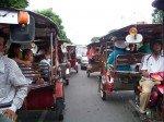 La valse des tuktuks dans les rues de PP !