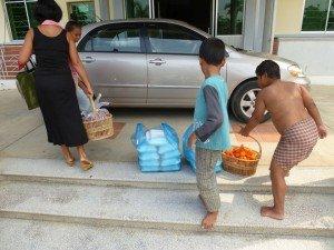Arrivée à l'orphelinat