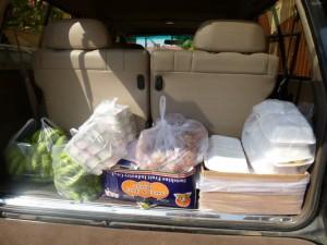 Le transport des denrees de notre maison vers l'orphelinat sauf les poulets rotis