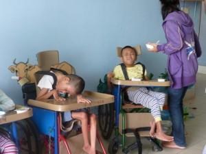tous les enfants ont eu droit a cette distribution