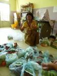30 poulets ont ete achetes et livres directement a l'orphelinat