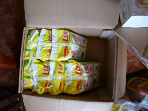 Les paquets de lessive de 1 kg