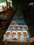 Nous avons commandé aussi des seiches grillées à des marchandes ambulantes à la plage